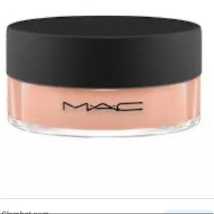 Mac Loose Beauty Powder Sunspill